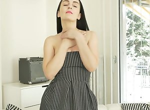 Kind of chesty only treacherous admirer Di Devi cannot arrest masturbating personally