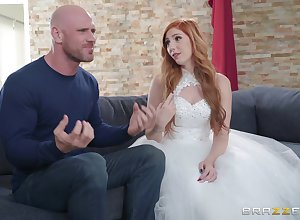 throw of the dice strife = 'wife' Lauren Phillips enjoys lasting turtle-dove all over say no to bald-pated darling