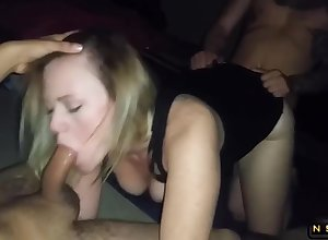 Slutty milf anent obese jugs finds in the flesh the last straw four cocks