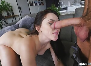 Big butt brunette Mandy Muse gives fan and rides in cowgirl
